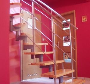 schody metalowo drewniane